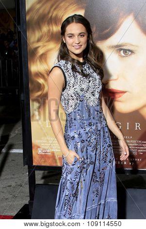 LOS ANGELES - NOV 21:  Alicia Vikander at the