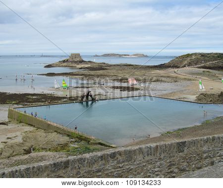 Sea Water Swimming Pool, St.Malo