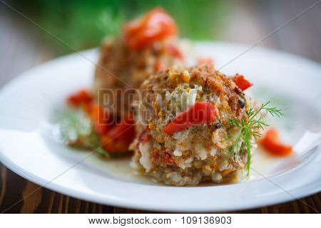 Meatballs In Sauce With Sweet Pepper