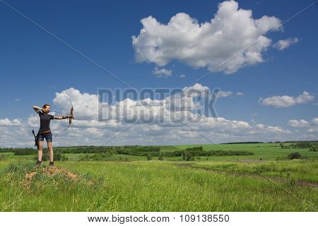Archery Woman Bends Bow Archer Target Narrow