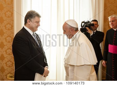 Petro Poroshenko And Pope Francis