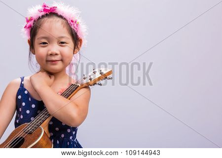 Child With Music Instrument / Child With Music Instrument Background