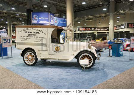 Highway Patrol Servide Truck