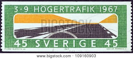 SWEDEN - CIRCA 1967: A stamp printed in Sweden issued for the adoption of changed rule of the road shows