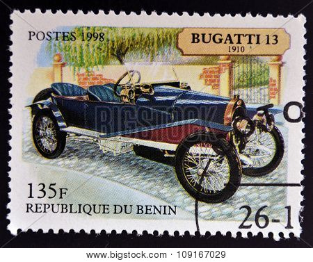 BENIN - CIRCA 1998: stamp printed in Benin shows retro car bugatti 1910 circa 1998.