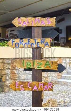 Which direction you need to take in Ibiza? Salinas? Formentera? Ibiza? Es Canar?
