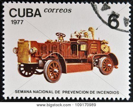 CUBA - CIRCA 1977: stamp printed in Cuba shows old firetruck circa 1977.