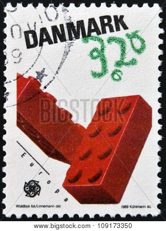 DENMARK - CIRCA 1989: a stamp printed in Denmark shows Lego Blocks Children´s toys circa 1989