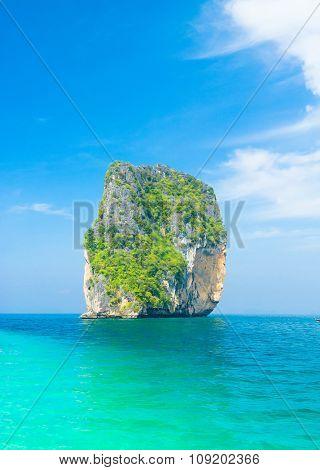 Idyllic Seascape Green Pinnacle