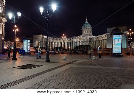 ST. PETERSBURG, RUSSIA - OCTOBER 25, 2015: Night view to Kazan Cathedral from Malaya Koniushennaya street. The temple was built in 1801-1811 by design of Andrey Voronikhin