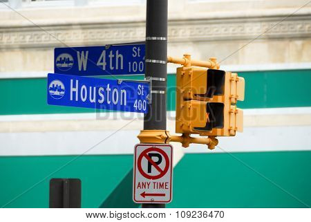 Houston Street Sign - Dallas/fort Worth