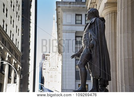 George Washington Statue or Sculpture in Wall Street