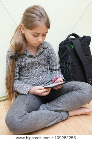 Girl Reading E-book