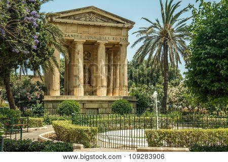 Lower Barrakka gardens and the monument to Alexander Ball in Valletta