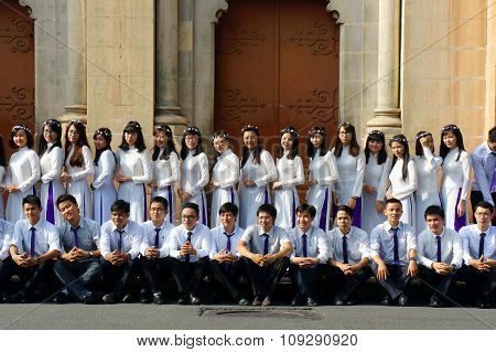 Vietnamese Student, Ao Dai, Saigon Notre Dame Cathedral