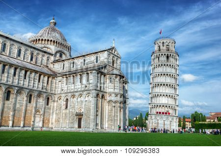 Pisa Cathedral with the Leaning Tower of Pisa, Tuscany, Italy. Popular European landmark