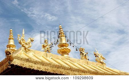 Golden Roof Decorations
