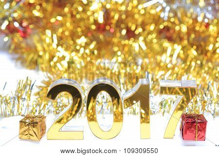 Golden 2017 3D Digital Icon With Gift Box