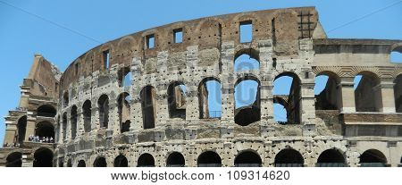 Colosseum Exterior.