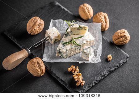 Gorgonzola Or Bleu Cheese