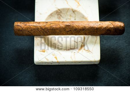 Cuban Cigar In Marble Ash Tray