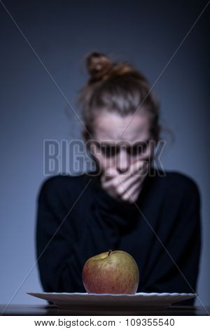 Refusing To Eat An Apple