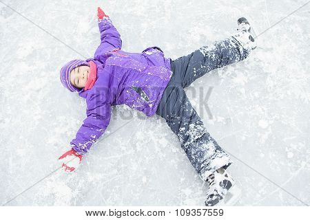 winter angle child