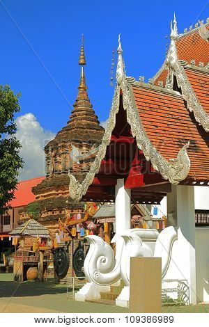 ancient monument is a Buddhist temple in Thailand