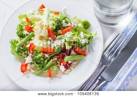 Salad broccoli and green beans