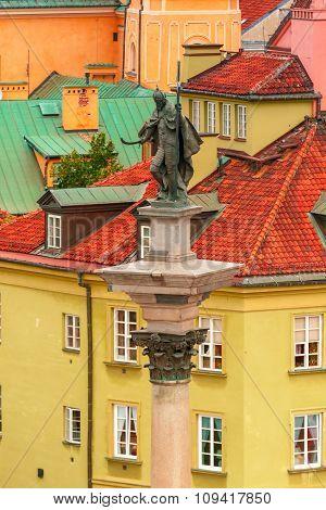 Aerial view of Sigismund Column in Warsaw, Poland.
