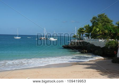 Yachts anchored in ocean