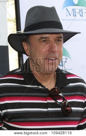LOS ANGELES - NOV 10:  Kevin Nealon at the Third Annual Celebrity Golf Classic to Benefit Melanoma Research Foundation at the Lakeside Golf Club on November 10, 2014 in Burbank, CA