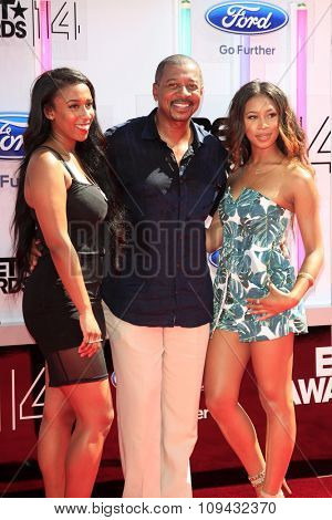 LOS ANGELES - JUN 29:  Robert Townsend at the 2014 BET Awards - Arrivals at the Nokia Theater at LA Live on June 29, 2014 in Los Angeles, CA