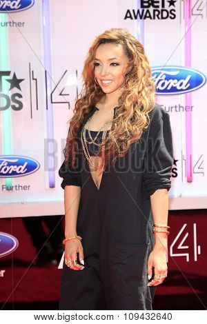 LOS ANGELES - JUN 29:  Tinashe at the 2014 BET Awards - Arrivals at the Nokia Theater at LA Live on June 29, 2014 in Los Angeles, CA