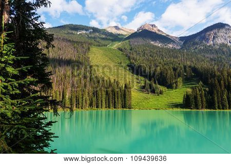 Serenity Emerald lake in Canada