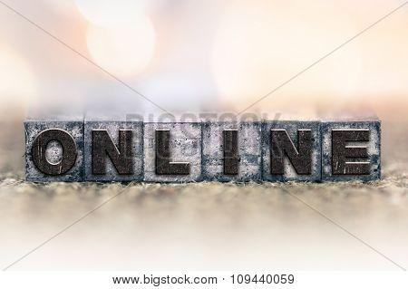 Online Concept Vintage Letterpress Type