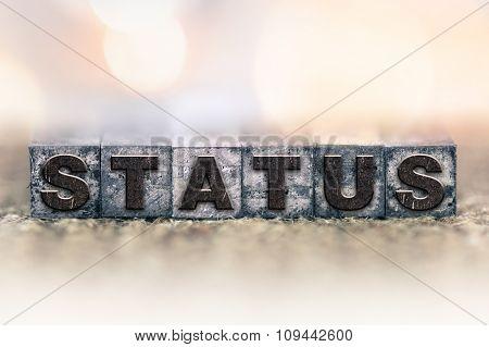 Status Concept Vintage Letterpress Type