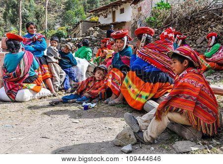 Quechua Family In A Village In The Andes, Ollantaytambo, Peru
