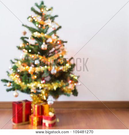 blur background light celebration on christmas tree