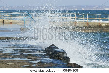Big Wave Crashes