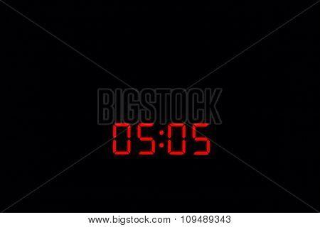 Digital Watch 05:05