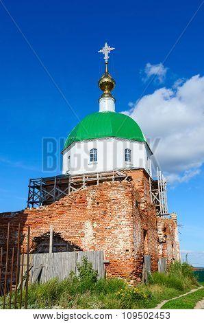 Holy Trinity Church In The Village Karacharovo Near Murom