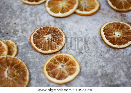 Dried orange fruit