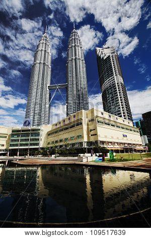 Petronas Twin Tower Suria Klcc