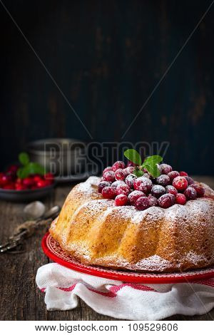 Cranberry Cake With Fresh Berry