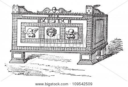 Safe found in Pompeii, vintage engraved illustration. Private life of Ancient-Antique family-1881.