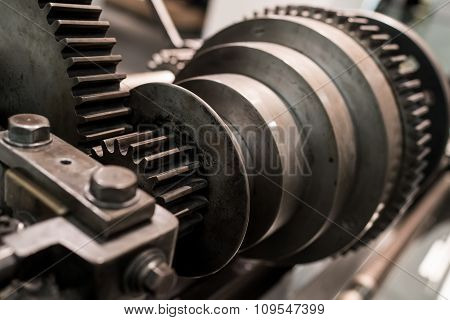 Spinning Cog Wheels