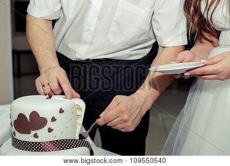 Newlyweds Cut The Cake