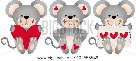 Cute mouses with hearts