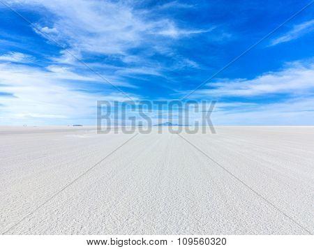 Worlds Biggest Salt Plain Salar De Uyuni